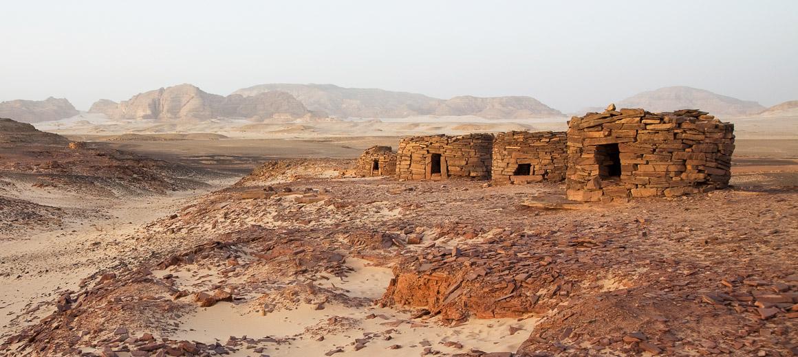 nawamis_tombes egypt sinai