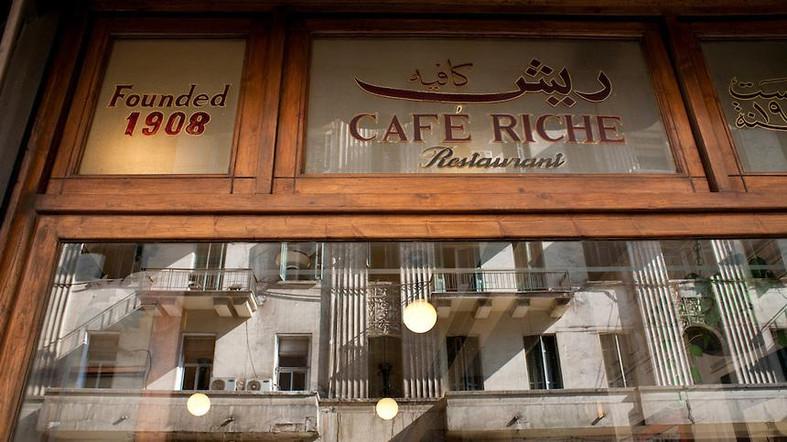 Egypt, Cairo. Nov/30/2009. Belle Epoque Cairo for CNN Traveller. Cafe Riche on Talaat Harb Street.