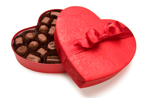 valentines-chocolate-heart-box
