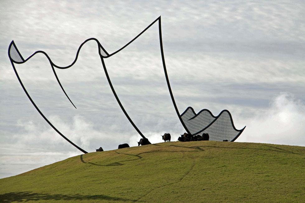 neil-dawson-sculptures-cartoon2