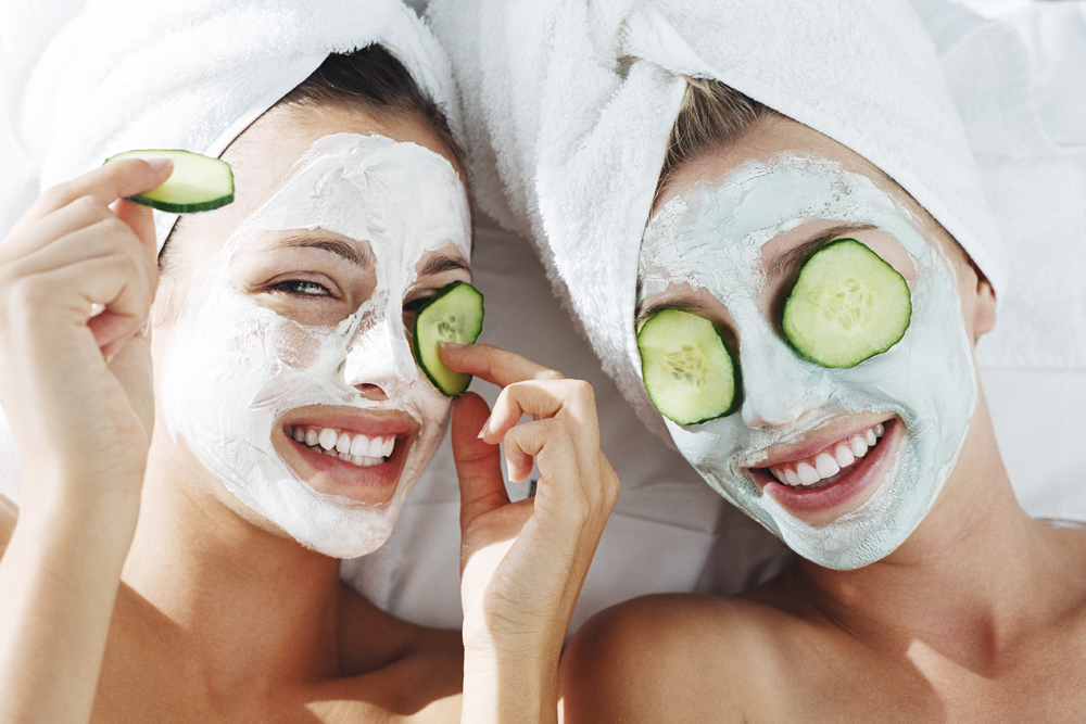 girls doing face mask