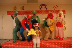 group-halloween-costume-ideas-mario-2