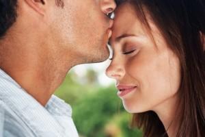Man-Kissing-Womans-Forehead