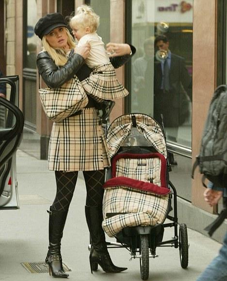 Ex soap star Daniella Westbrook seen out in London's trendy Bond Street. London, UK.