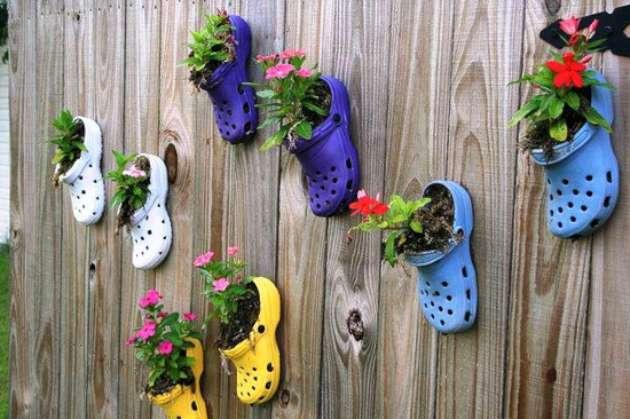 funny-crocs-W630