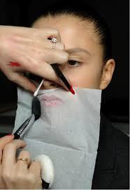 lipstick translucent powder