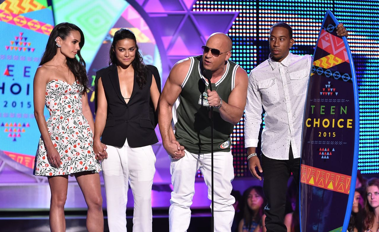 michelle-rodriguez-2015-teen-choice-awards-in-los-angeles_9