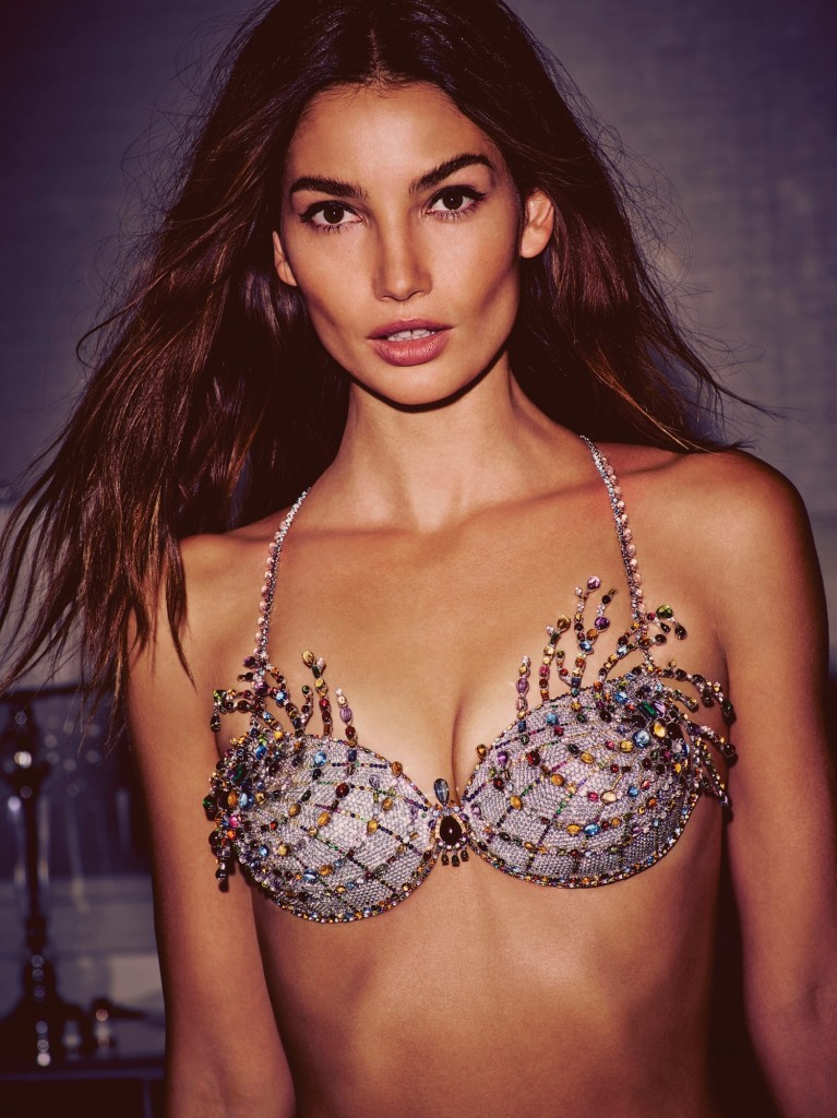 fashion-show-2015-2-million-fireworks-fantasy-bra-lily-victorias-secret-hi-res