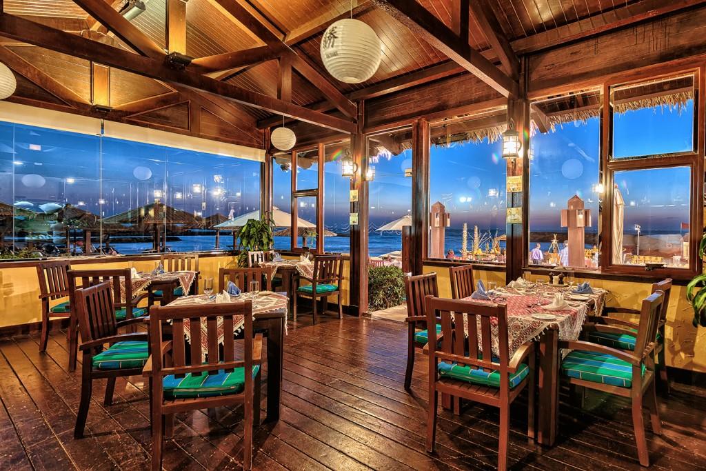 Casa Samak Seafood Restaurant & Sushi BAr