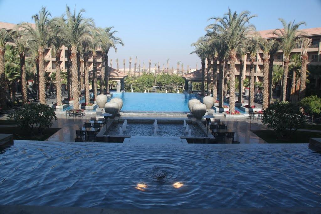 Dusit-Thani-LakeView-Cairo-15