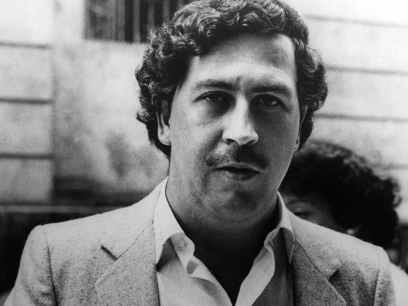 legendary-drug-lord-pablo-escobar-lost-21-billion-in-cash-each-year--and-it-didnt-matter
