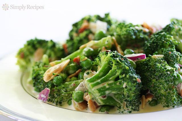 broccoli-salad-horiz-640