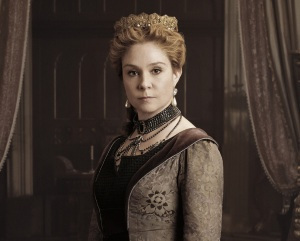 Reign -- Image Number: RE1_Gallery_QueenCatherine_1040r.jpg -- Pictured: Megan Follows as Queen Catherine -- Photo: Mathieu Young/The CW -- © 2013 The CW Network, LLC. All rights reserved.